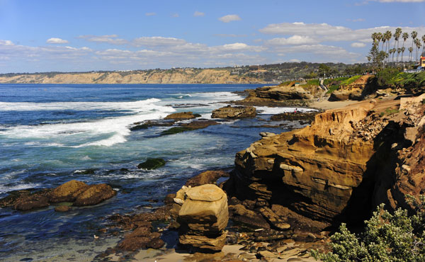 The La Jolla coastline. Photo by San Diego Tourism